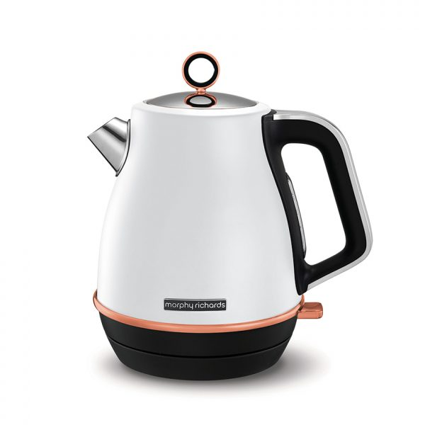 The Evoke Jug kettle brings your water to the boil with a powerful 3kW concealed element, in only a few short minutes.