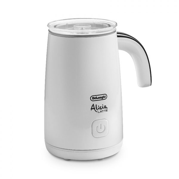 The ideal solution for a delicious, creamy, delicate froth in an instant. With Alicia Latte De'Longhi, you can heat and froth both hot and cold milk. It's practical and easy to use - just take Alicia Latte off its power supply base to pour out the froth.