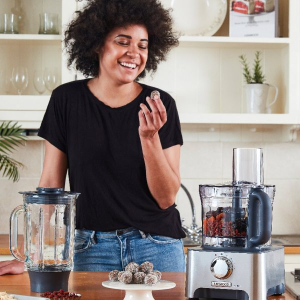 The MultiPro Classic is a solid family food processor delivering true versatility to help you speed through no end of everyday food preparation tasks.